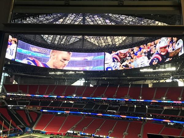 視聴覚体験がファンを魅了したメルセデスベンツスタジアムのスーパーボウルLIII